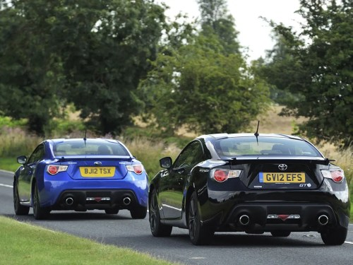 small resolution of there are differences in the way they drive subaru brz