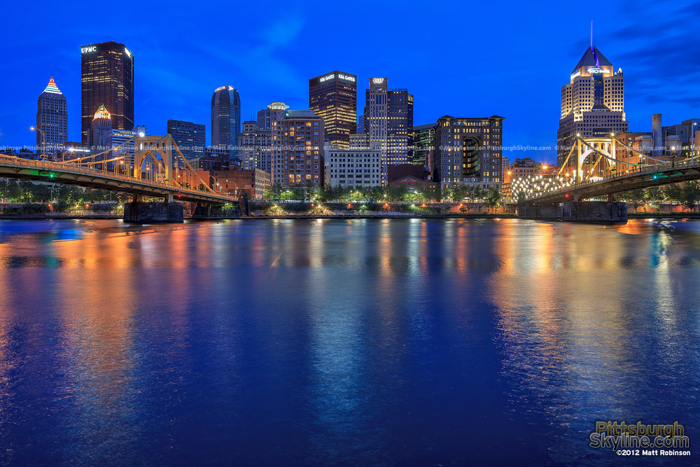 Pittsburgh skyline at night from the North Side