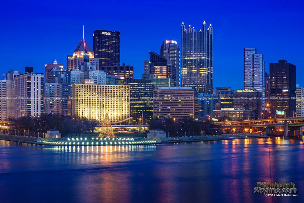 Pittsburgh skyline at magic hour 2017