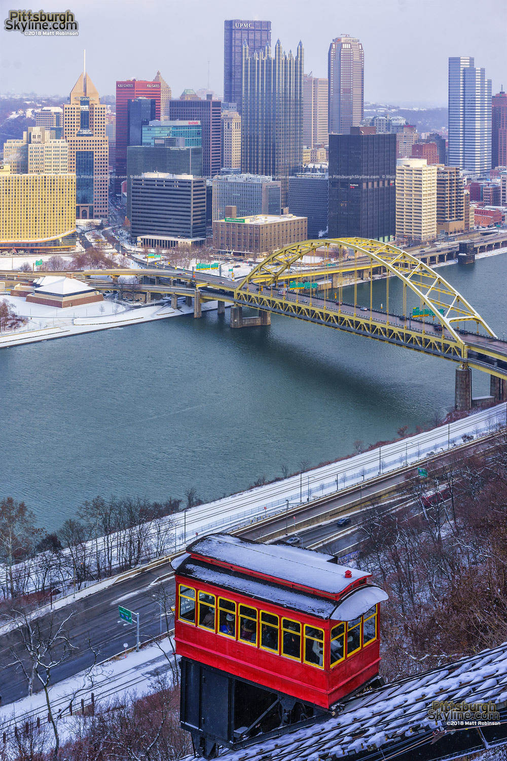Ice Begins to form on the Three Rivers in Pittsburgh