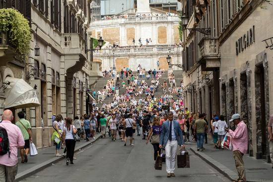 Foto roma via condotti - Imágenes y fotos de Roma - 550x366 ...