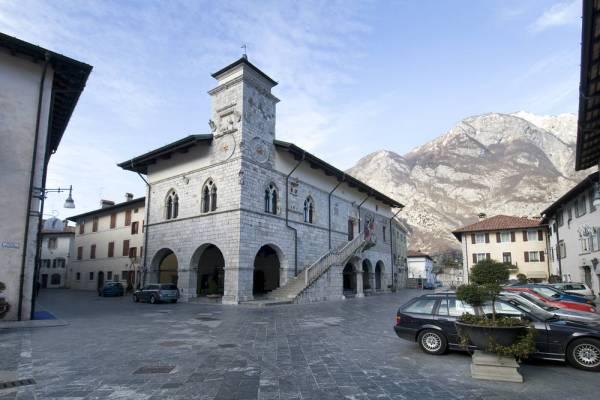 Venzone Guida turistica
