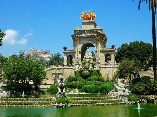 Foto Parco de la Ciutadella a Barcellona  550x412  Autore Cosimo Oliva 4 di 4