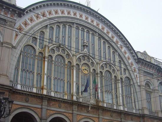 Stazione Torino Porta Nuova a Torino
