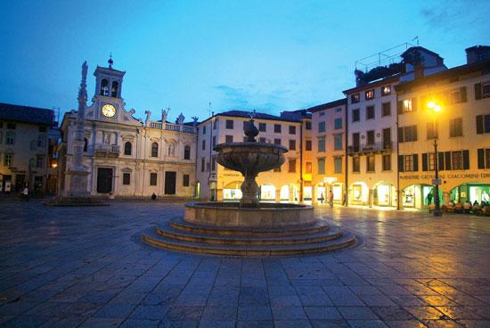 Udine Guida turistica di Udine con 52 recensioni