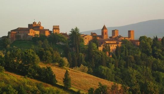 Foto Borghi e castelli medievali in Toscana a Certaldo  550x317  Autore CLAUDIA CORTI 1 di 4