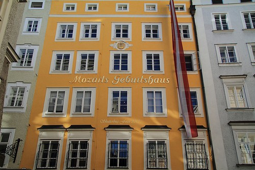 Foto casa natale di mozart a Salisburgo  500x333  Autore