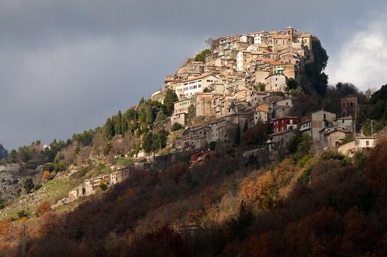 Foto Rocca Canterano a Rocca Canterano  550x366  Autore