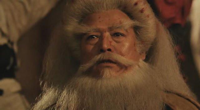 飛 鴻 覺得 「白眉鷹王!我念你是一代宗師!鷹爪功天下第一!」 「跟我少林的龍爪手是天下雙絕!」 「你 ...