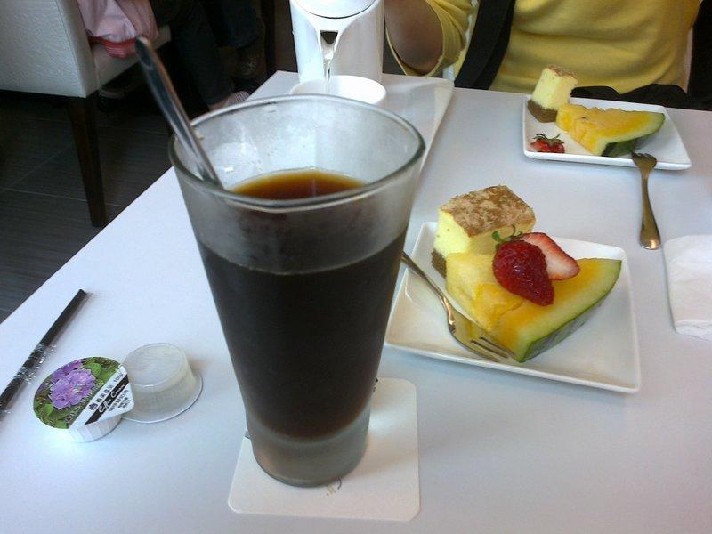 Dr_Huang - 鳳山新悅鐵板燒的餐後甜點及水果飲品。 - Plurk