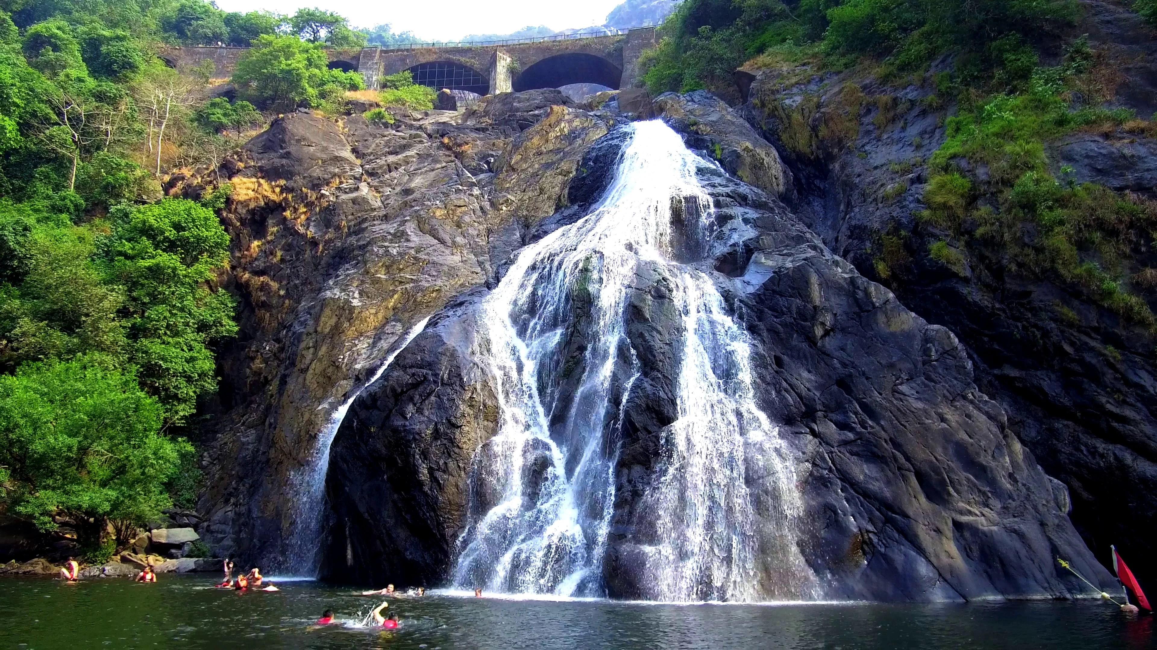 Jog Falls Hd Wallpaper Dudhsagar Falls Hd Photos Impremedia Net