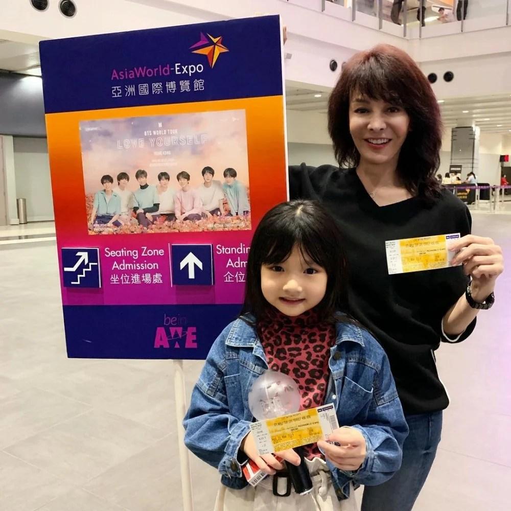 追星無分年齡!Do姐化身迷妹孖陸永7歲女兒支持韓星演唱會 超有少女心!   PopLady