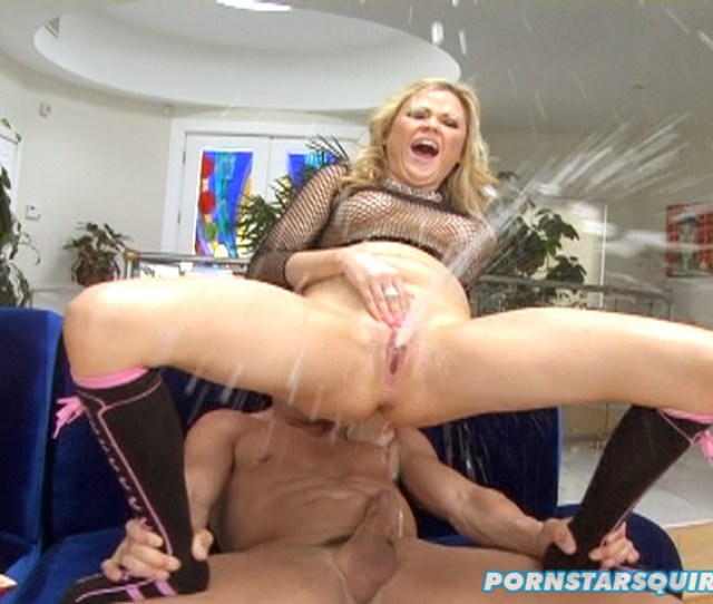 Blonde Bitch With Shaved Pussy Squirts Like Geyser After Man Drills Her Snatch With His Hard Dick