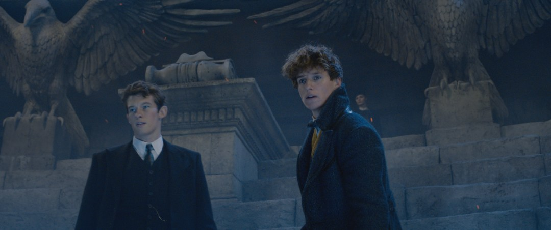 Theseus and Newt Scamander in Fantastic Beasts: The Crimes of Grindelwald