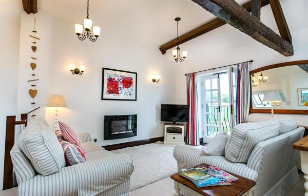 Cottages | Core-House-Cottages | Oak-Cottage