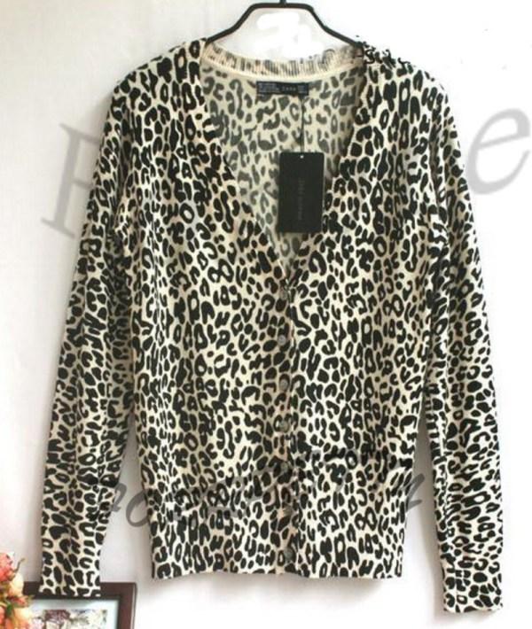 Vintage Classic Neck Floral Animal Leopard Print Sweater