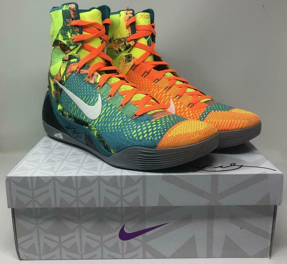Kobe Bryant Signed Pair of (2) Nike Kobe IX Elite Sport Turquoise Basketball Shoes (Panini COA)   Pristine Auction