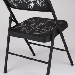 Steel Chair In Wwe Holiday Decorative Covers Online Sports Memorabilia Auction Pristine Black Folding Signed By 19 With Vickie Guerrero Maryse Ouellet