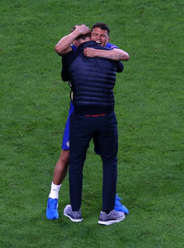 Silva was happy to win the Champions League by embracing Tukhel yesterday.