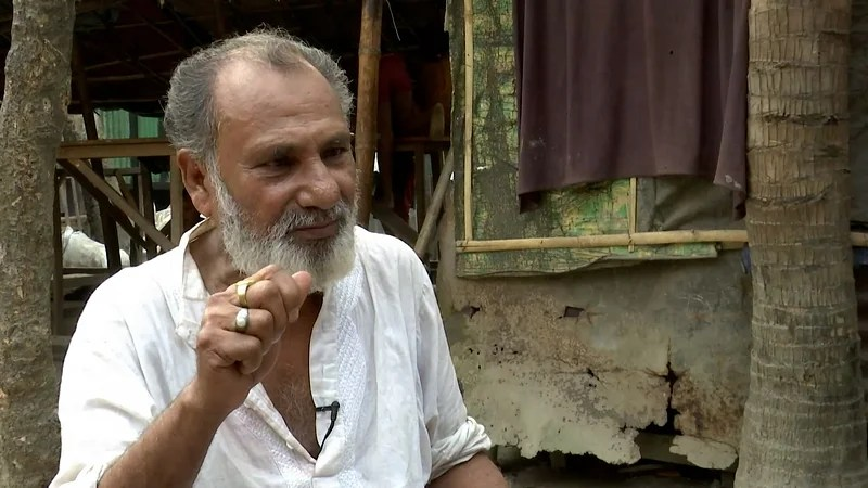পাকিস্তান আমলের অনেক চলচ্চিত্রে বিন বাজিয়েছেন হারুনুর রশিদ