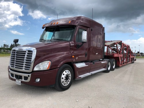 small resolution of 2013 freightliner cascadia cotrell car hauler sleeper truck and trailer