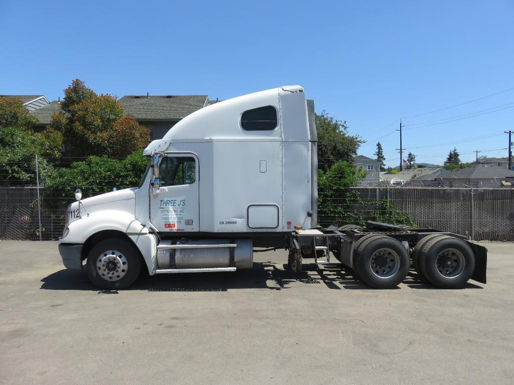 hight resolution of 2005 freightliner columbia sleeper