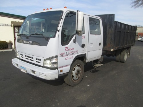 small resolution of 2006 isuzu nqr cabover crew cab dump truck