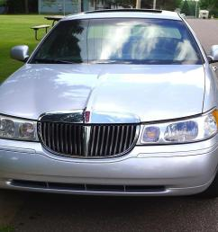 heated 1999 lincoln town car signature series touring sedan with leather interior sun roof  [ 1024 x 768 Pixel ]