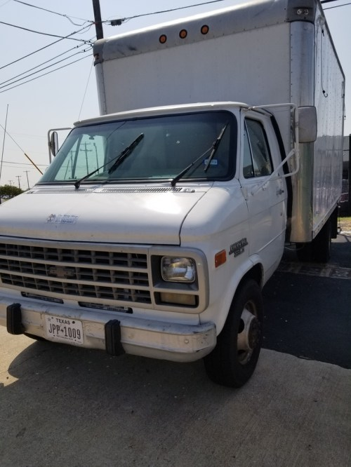 small resolution of  box truck 1992 chevy van 30 inner city box with lift gate