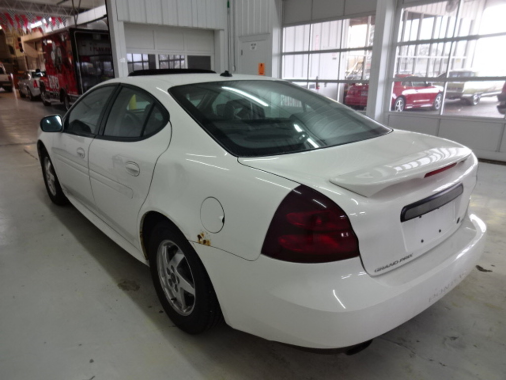 hight resolution of  2004 pontiac grand prix sedan 4 door gt2 3 8 2wd automatic