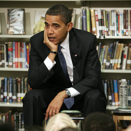 Obama speaking to a elementary school students