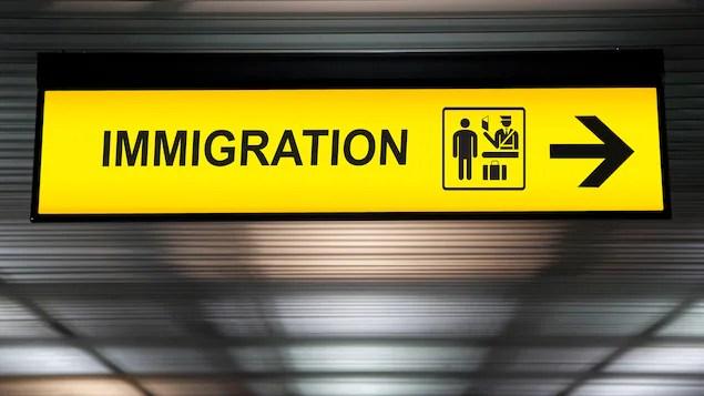 Pas d'immigration massive pour combler la pénurie de main-d'œuvre, dit Legault