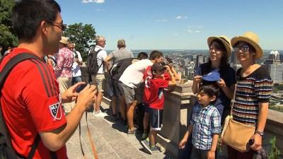 Des touristes asiatiques à Montréal