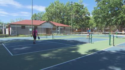 Extra pickleball courts; fewer tennis courts in Trois-Rivières