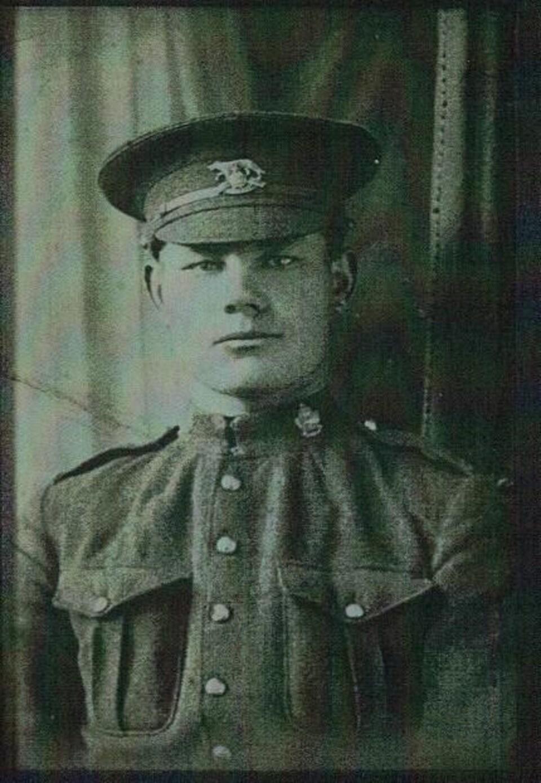 Je Ne Suis Qu Un Soldat : soldat, Restes, Soldat, Manitobain, Première, Guerre, Mondiale, Enterrés, France, Radio-Canada.ca