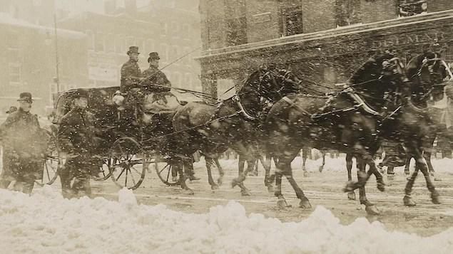 William H. Taft et Theodore Roosevelt en calèche