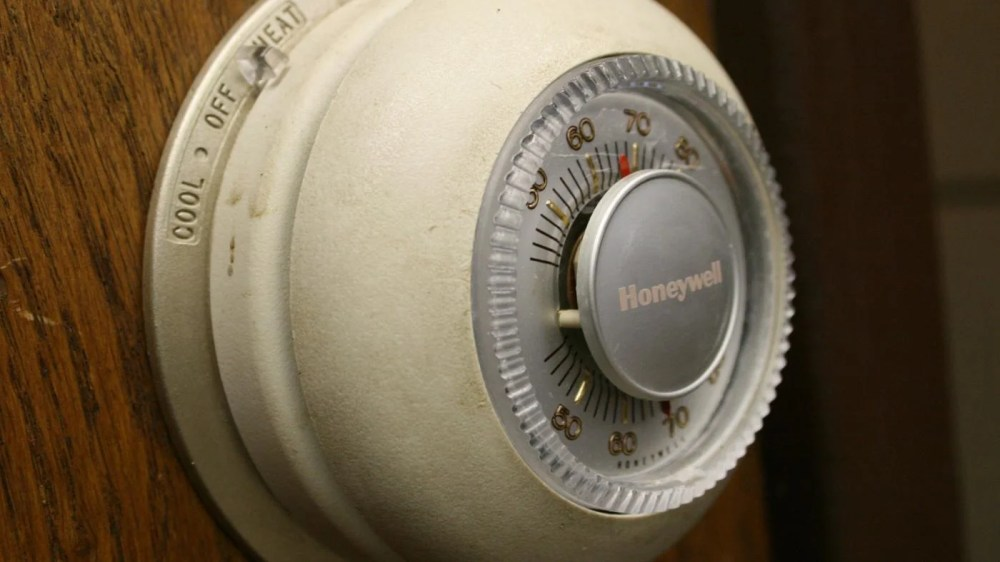 medium resolution of how do you reset a honeywell thermostat