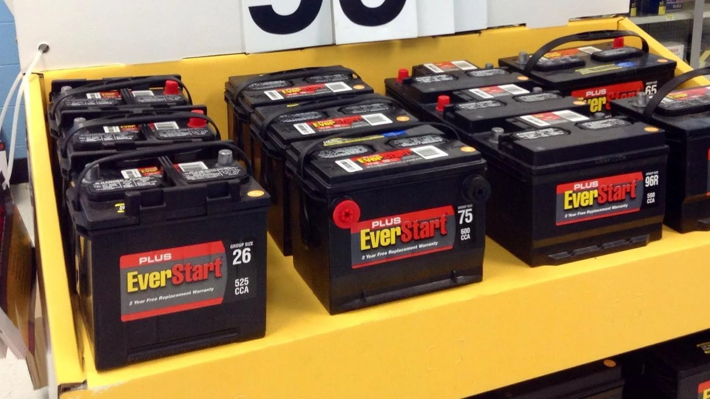 Who makes everstart batteries also where can you find an battery guide reference rh
