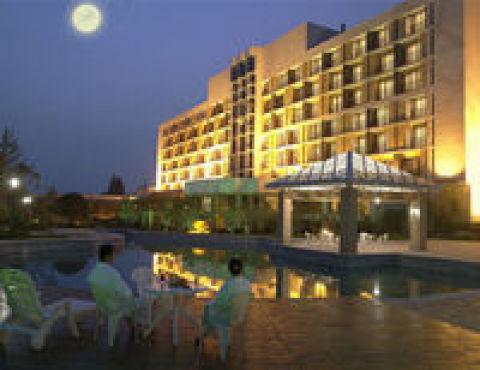 Nanjing Hotel | JINLING RIVERSIDE HOTEL