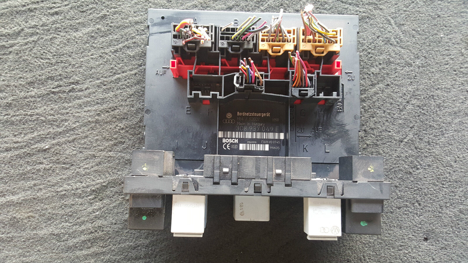 hight resolution of 2010 volkswagen cc fuse box