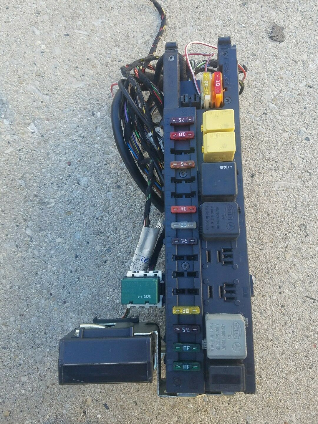 hight resolution of 01 02 09 w209 w203 c240 sam bcm signal acquisition module fuse box 209 545 01 01 for sale