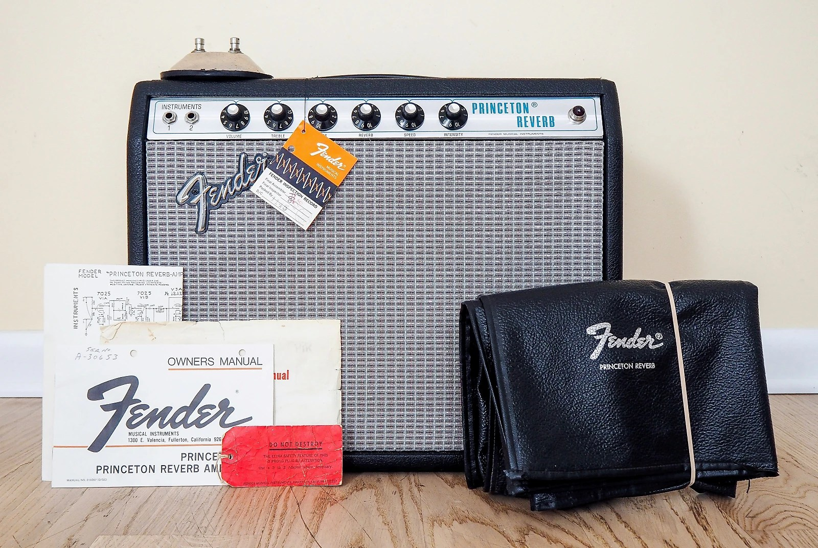 hight resolution of 1974 fender princeton reverb silverface amp collector grade w hangtags cover footswitch