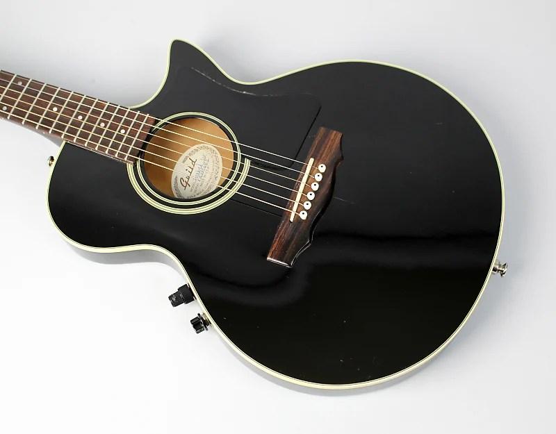 Specs Songbird Gibson