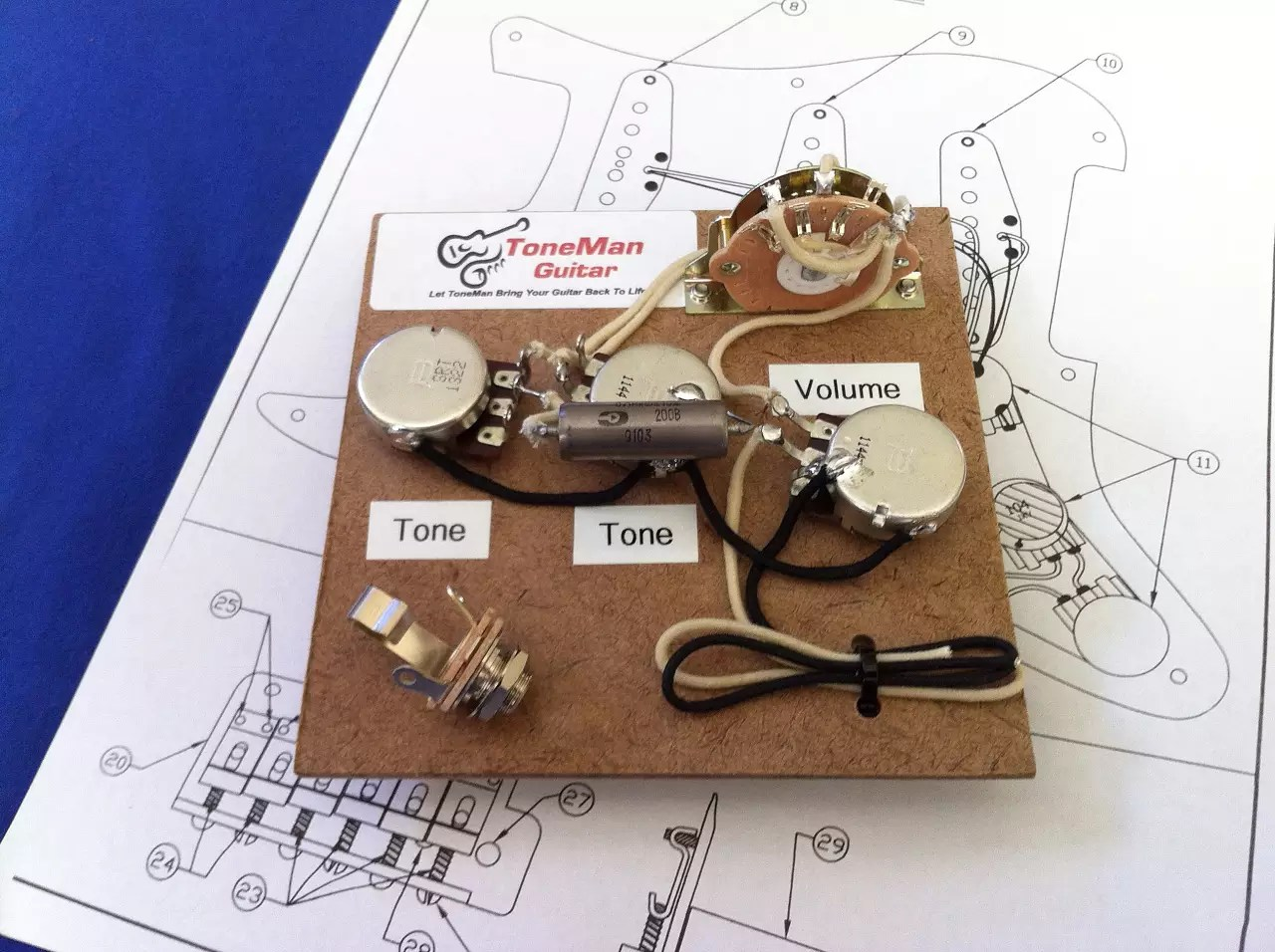 strat wiring diagram bridge tone doorbell two chimes stratocaster style harness eric johnson set up