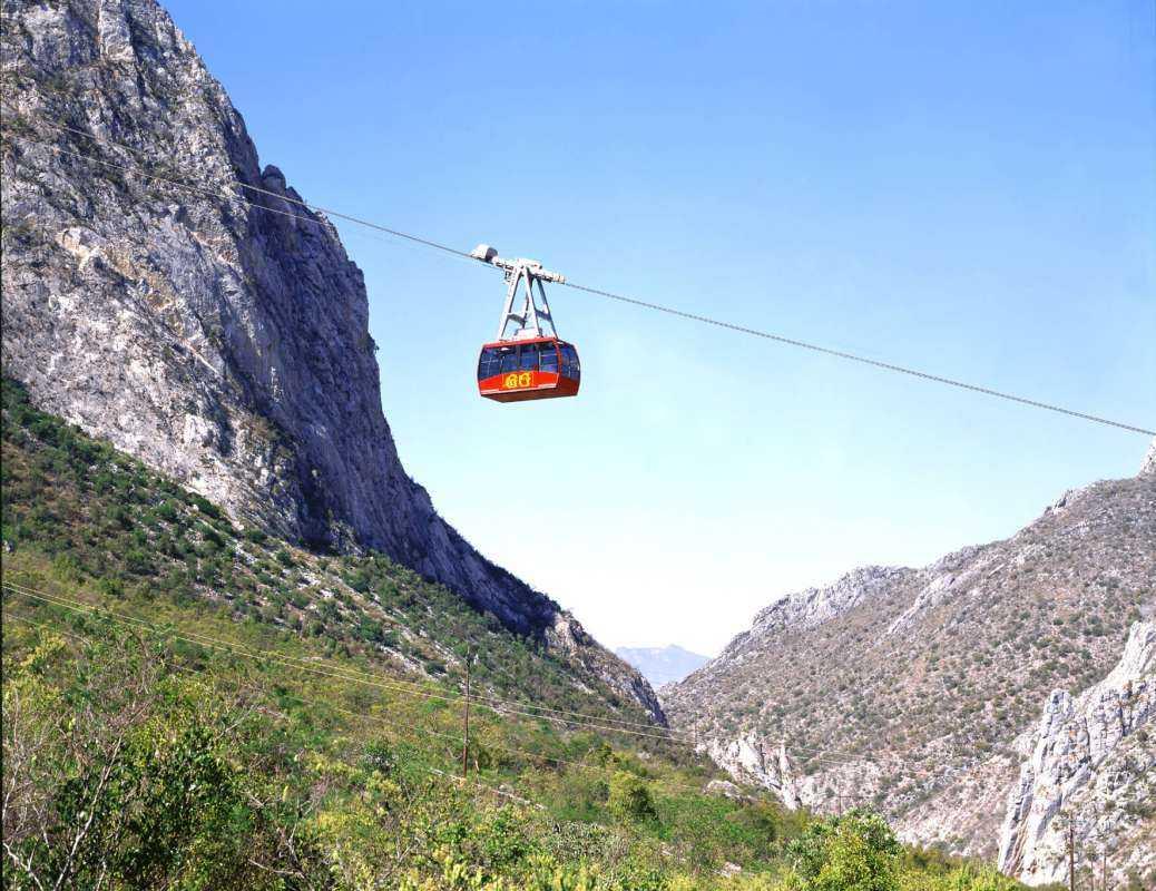 Monterrey Garcia Caves