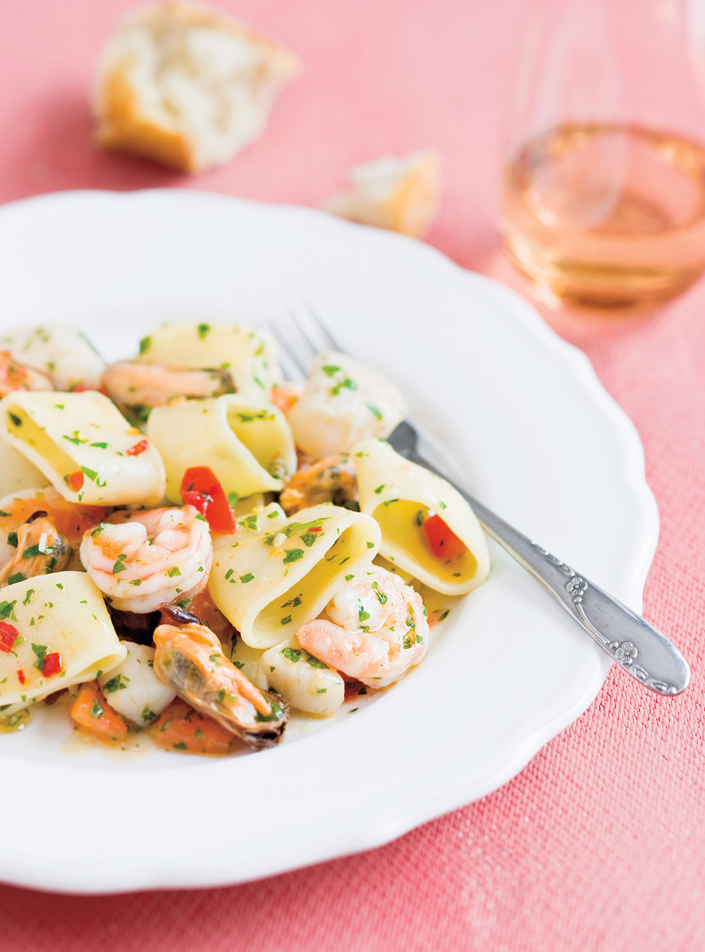 pates italiennes aux fruits de mer mezzi paccheri ai frutti di mare
