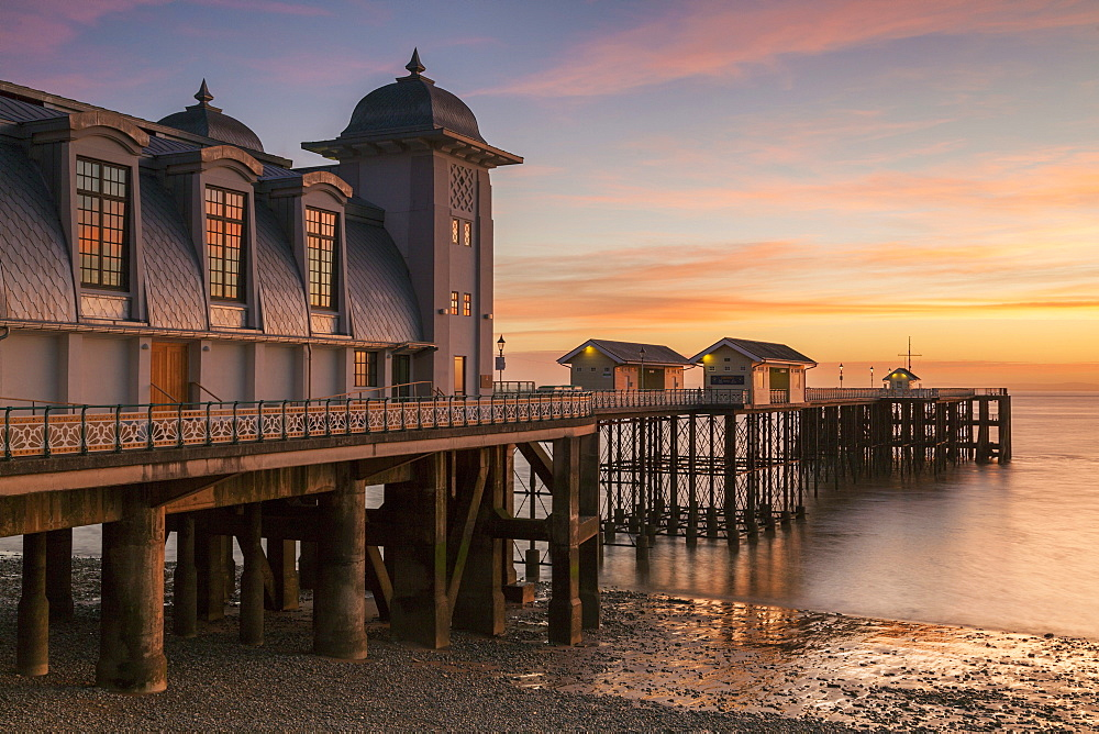 Stock photo of Penarth Pier, near Cardiff