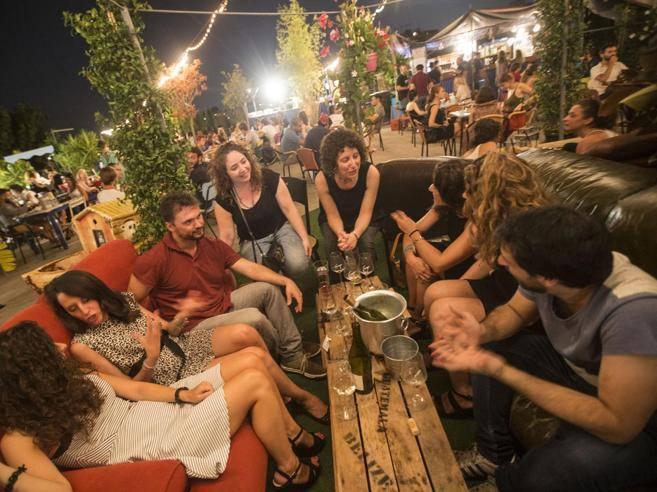 Unestate in terrazza rifugicon vista dove bere e mangiare  Corriereit