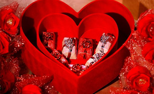 25 Valentine S Day Gifts For Your Girlfriend Sample