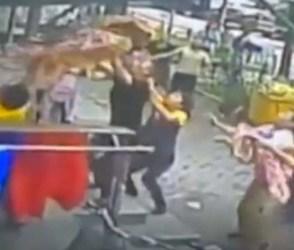 VIDEO: છઠ્ઠા માળેથી પડી રહ્યું બાળક, લોકોએ કંઈક આવી રીતે બચાવ્યો જીવ